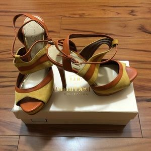 OFFERS??Jessica Simpson platform leather sandal